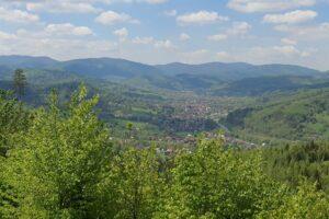 Widok spod Sarnówki na Rajczę (rejon centrum).