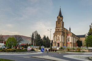 Centrum Rajczy i Sanktuarium MB Kazimierzowskiej.