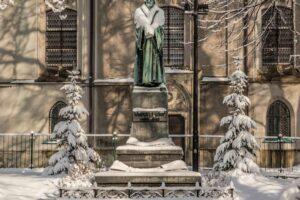 Pomnik Marcina Lutra na tzw. Bielskim Syjonie.